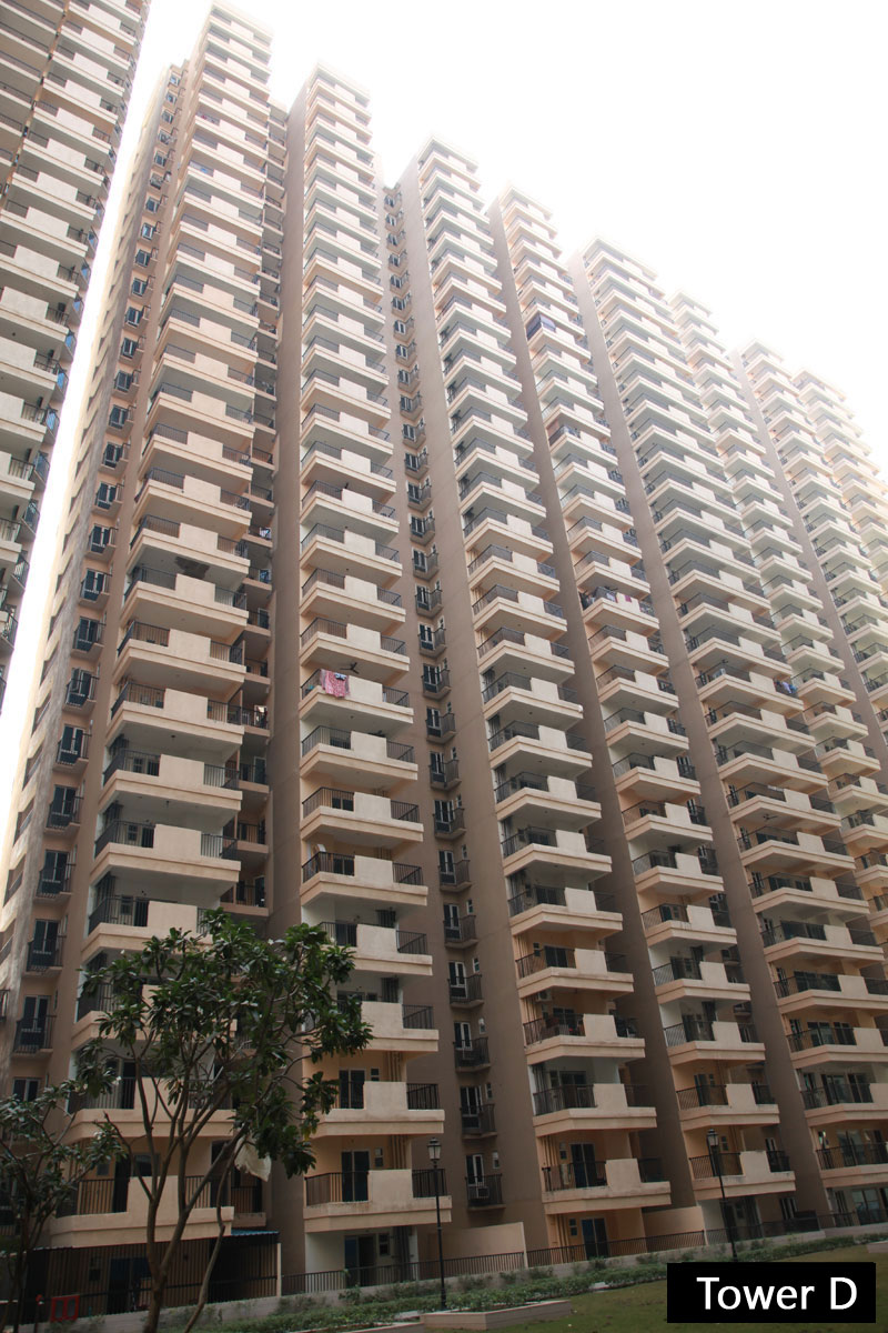Gaur 14th Avenue Noida Extension Construction Image